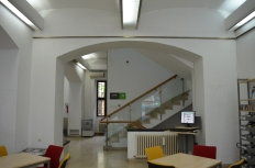Library before reconstruction 04